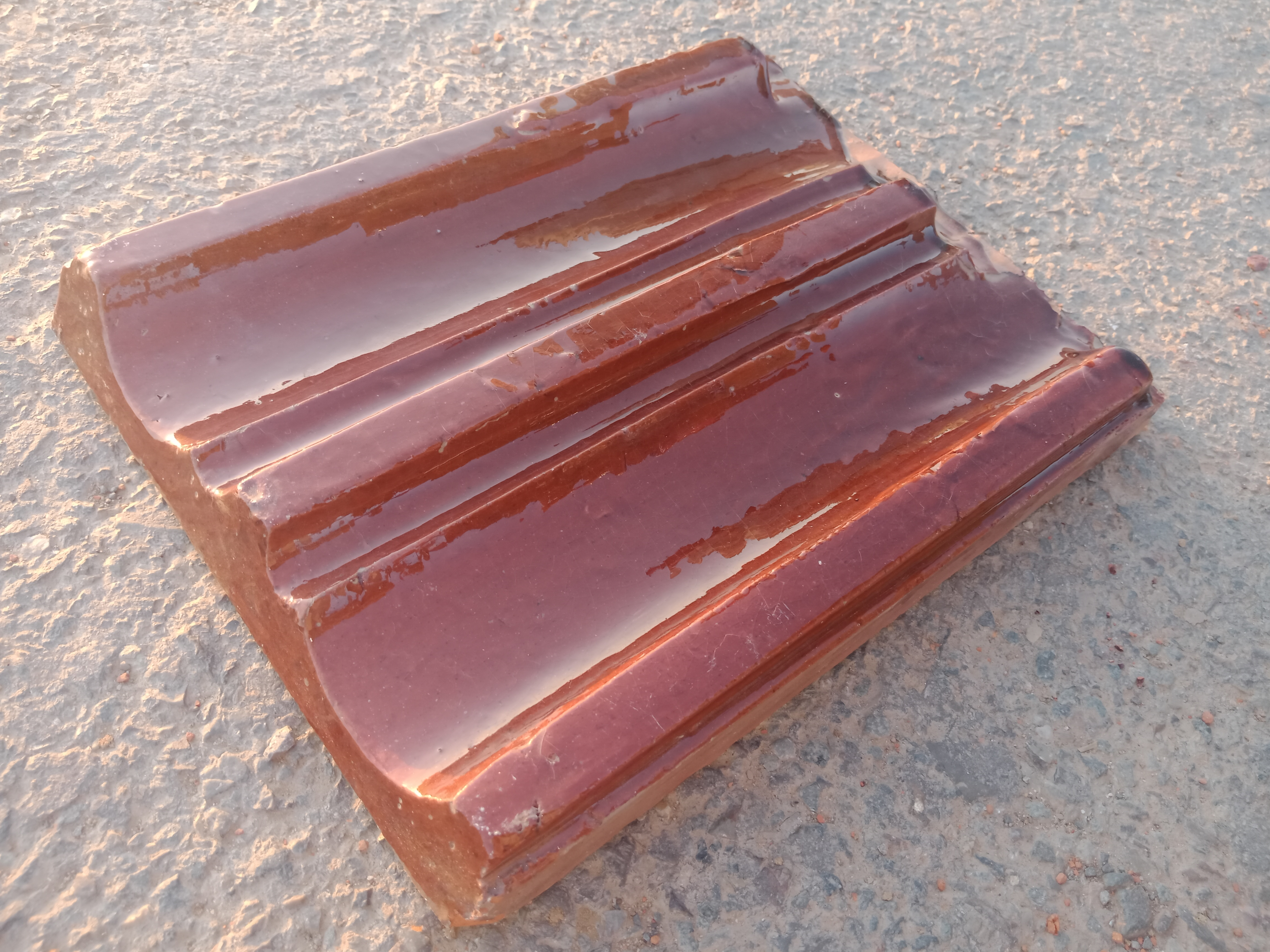 9 Disco Clay Roof Shingles Glazed Ceramic Tiles Clay Roof Tiles in Pakistan Images.