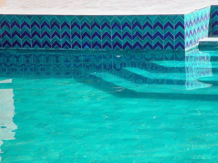 9 Pak Clay Tiles Sky Blue Inside Swimming Pool Stair Ceramic Tiles Rates in Pakistan Images.